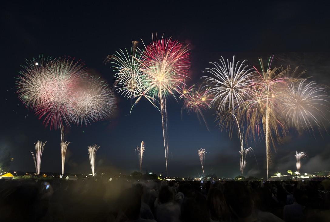 超綺麗!三脚を使って花火を豪華に撮影するコツ。