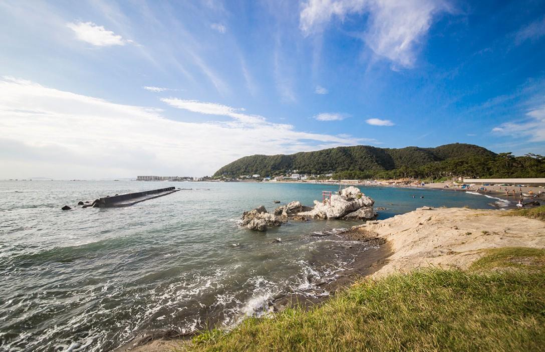海と砂浜がきれいな葉山公園