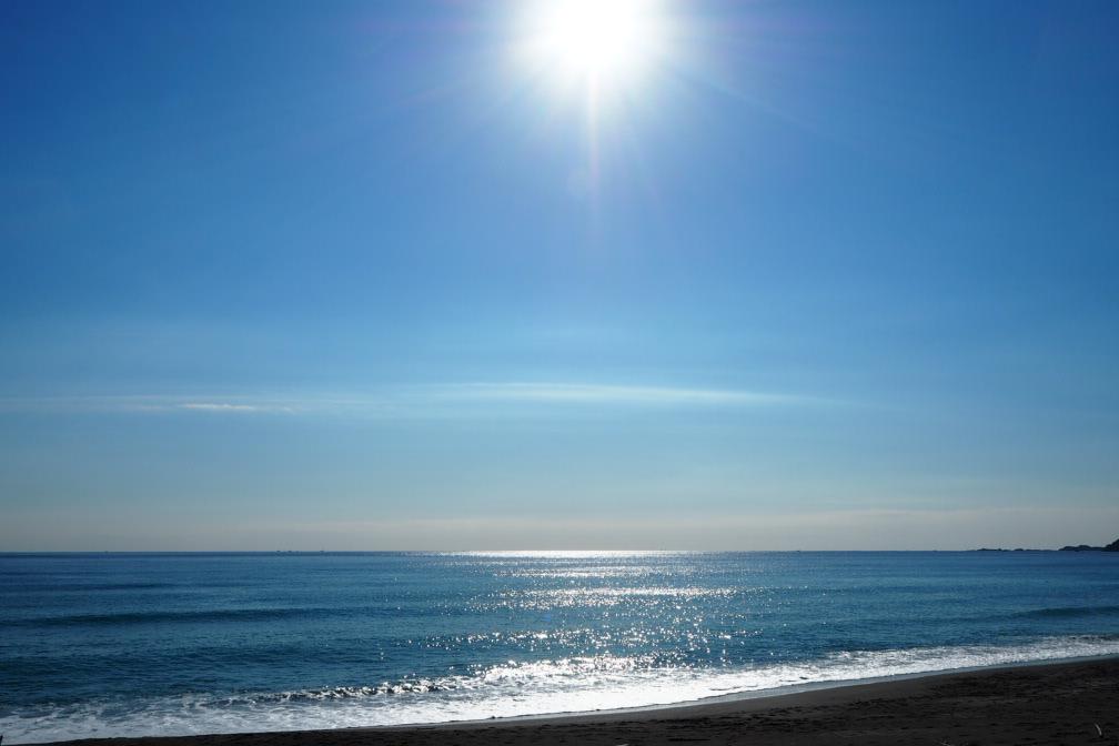 千葉県の鴨川の海を撮影した写真です。