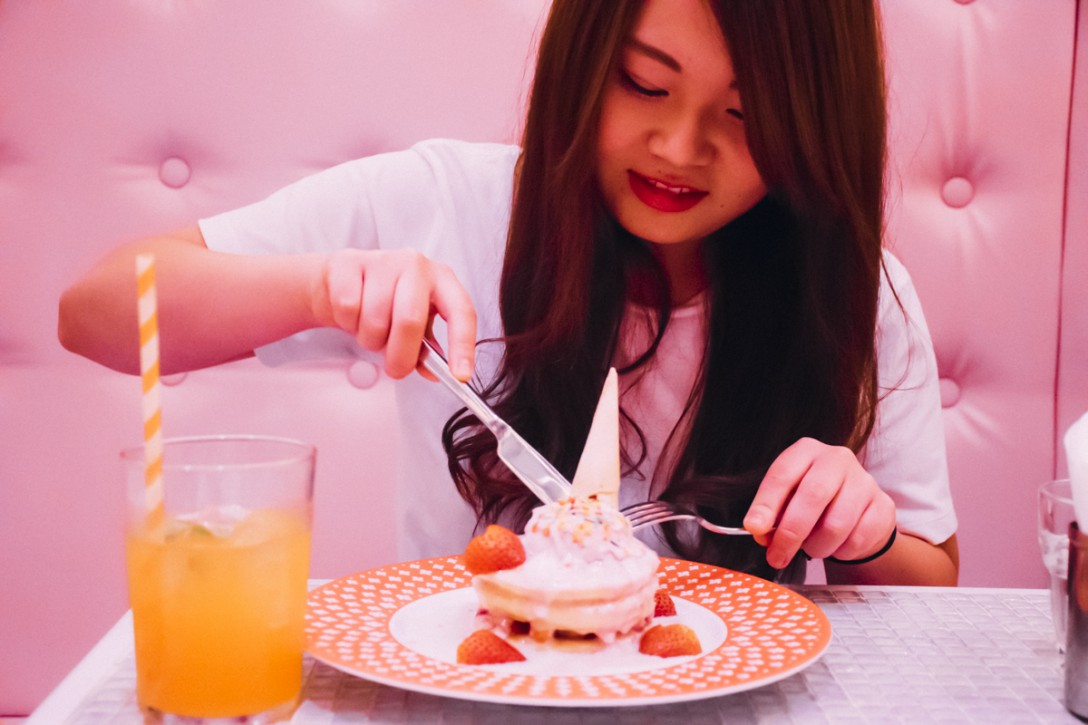 原宿のKAWAIIだらけのMONSTER CAFE!