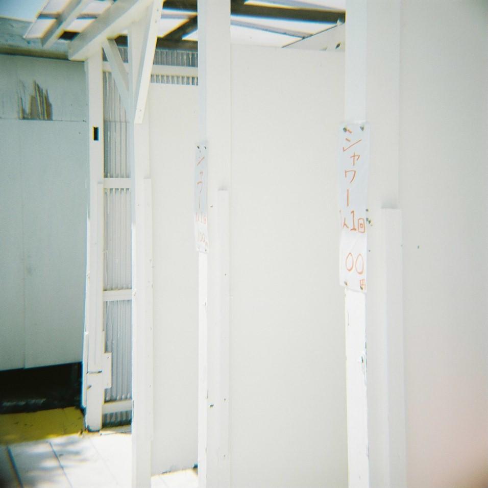 Diana F+ Diary「海の家」