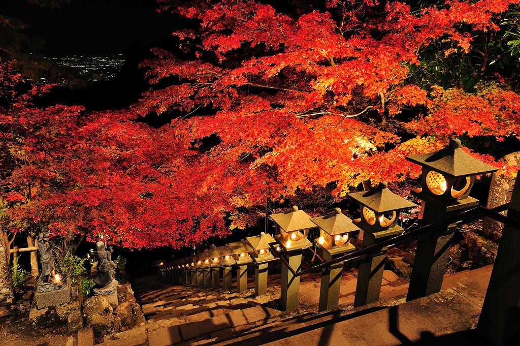 雨降山大山寺の紅葉