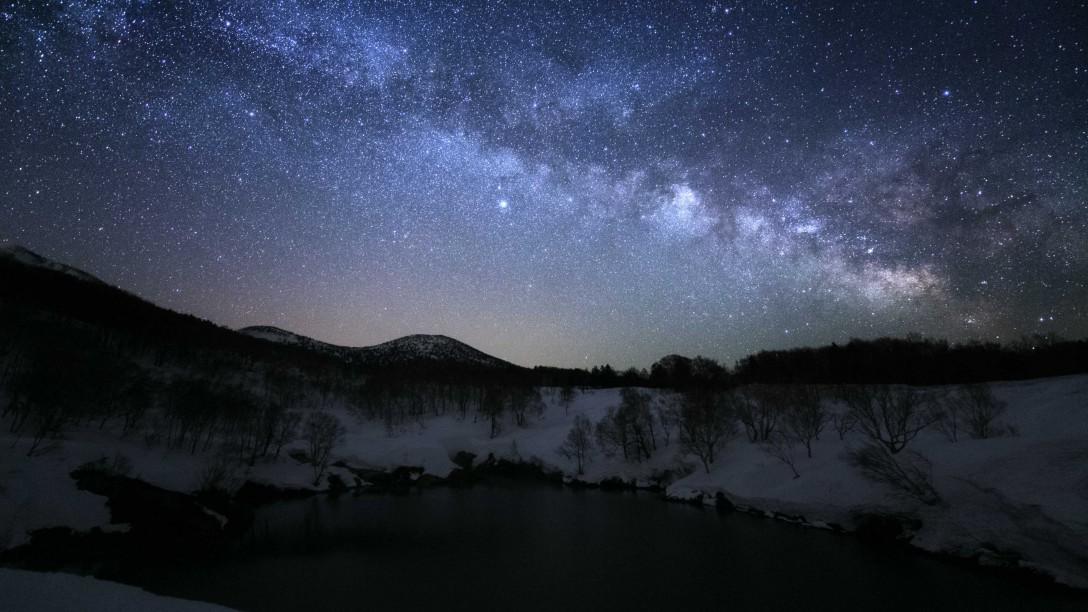 青森県 八甲田の星空
