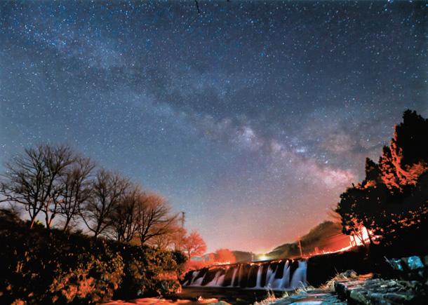 石川県 小松市の十二ケ滝の星空
