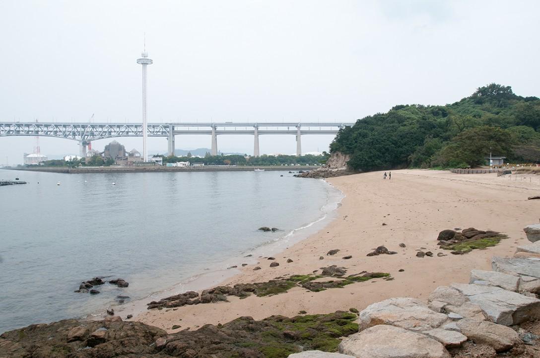 香川県坂出市 瀬戸大橋記念公園 ナカンダ浜