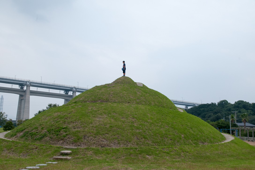 香川県坂出市 瀬戸大橋記念公園 アートポート瀬戸大橋 ターニャさんのお山