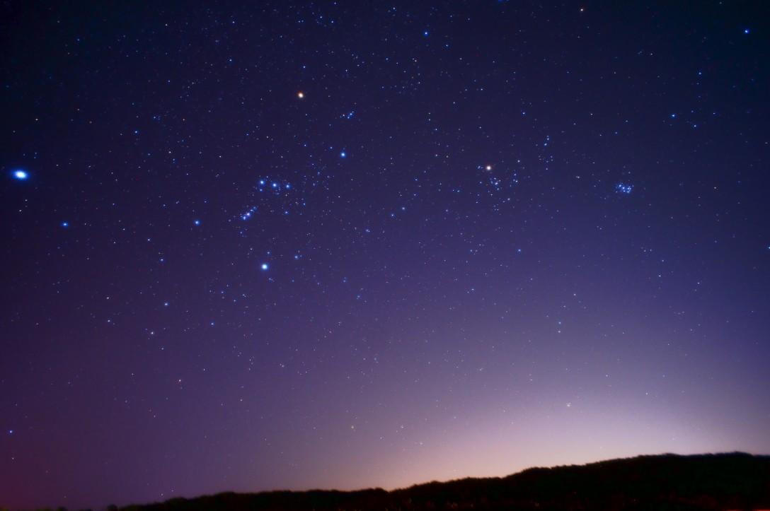 灯台と星空撮影