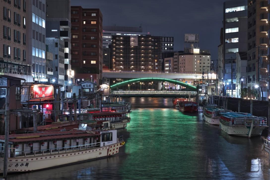 東京の夜景を集めた写真展開催